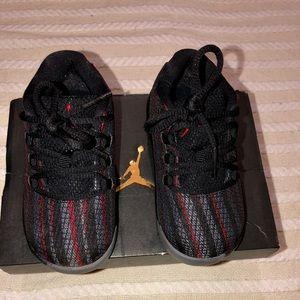 Air Jordan toddler sneakers
